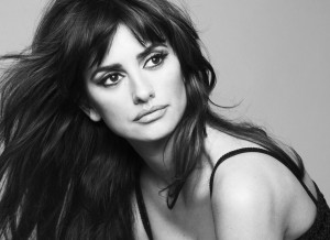 Penelope-Cruz-Black-and-White-Photoshoot-Wallpaper[1]-1